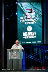 Ian Cairns presents the Surfline Best Overall Performance Award