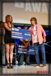Gabriel Villaran takes 2nd place in the Billabong Ride of the Year Award