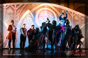 Sasha Travis as Queen of the Night with her entourage the Shadow Shards