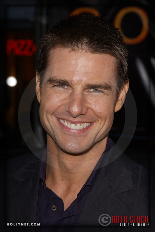 "Tom Cruise attends the Los Angeles Premiere of ""Collateral"""
