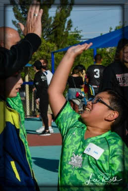 Ean: Team Barracudas Gets a High-Five